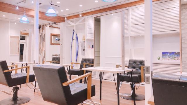 Agu hair dover 諏訪店